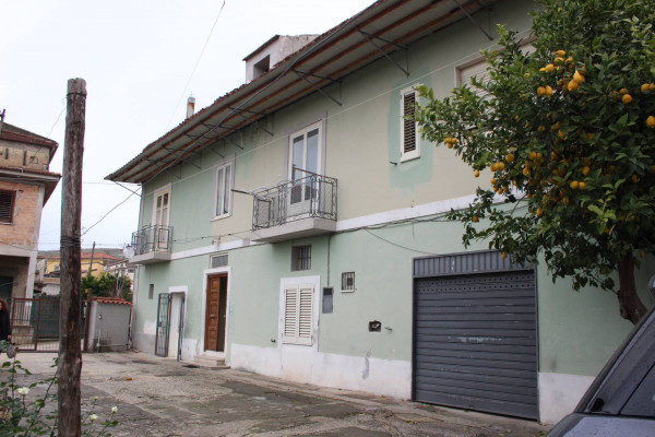 foto  Palazzo / Stabile via A  Vinciguerra, Bellona