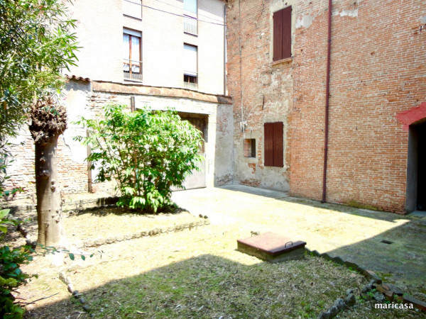 foto giardino Palazzo / Stabile via Giuseppe Garibaldi, Ferrara