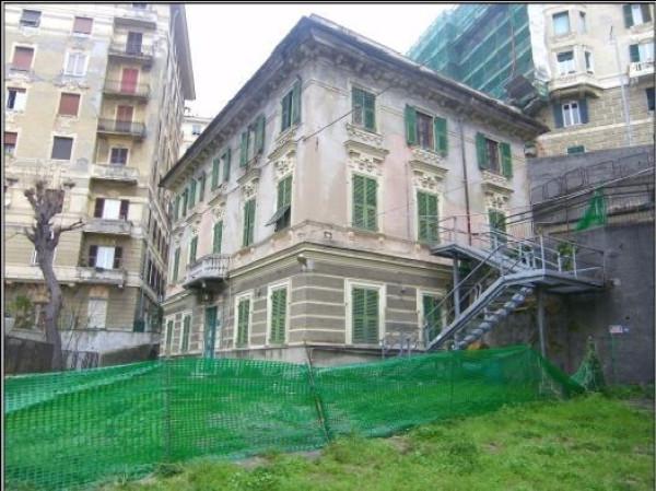 foto  Palazzo / Stabile via Pagano Doria 12, Genova
