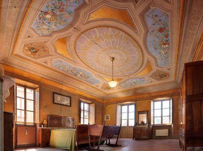 foto Palazzo / Stabile Vendita La Morra