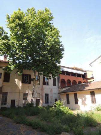 foto Esterno, lato giardino Palazzo / Stabile via del Castello, Piacenza