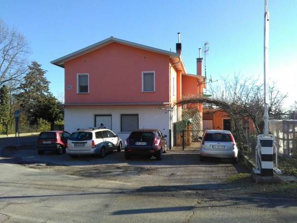foto  Palazzo / Stabile via Belfiore 195, Pramaggiore