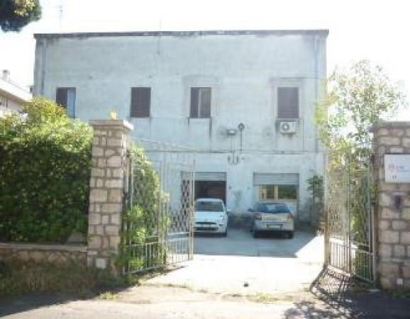 Vendita palazzo stabile sabaudia da ristrutturare rif for Palazzo a due piani