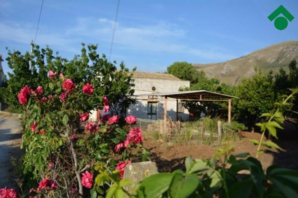 foto  Rustico / Casale, da ristrutturare, 90 mq, Castellammare del Golfo