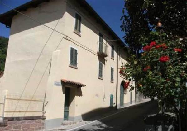 Rustico / Casale in vendita a Frinco, 5 locali, prezzo € 135.000 | CambioCasa.it