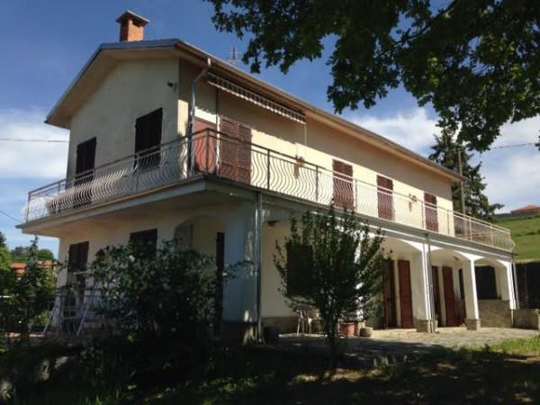 Rustico / Casale in vendita a Montemagno, 9999 locali, prezzo € 280.000 | CambioCasa.it