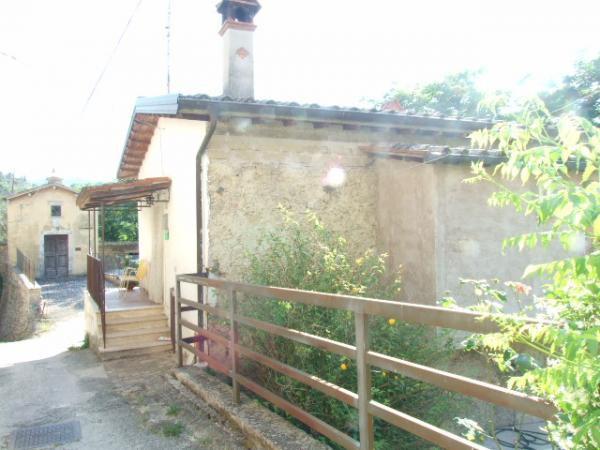 foto 2 Rustico / Casale viale Roma, Poggio Nativo
