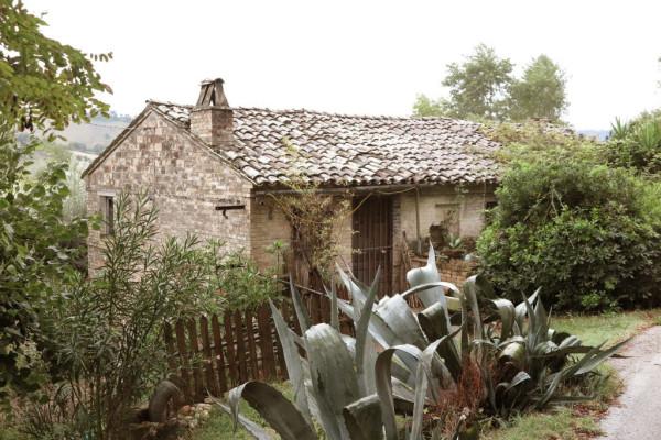 foto  Rustico / Casale C.da Forestieri, Ponzano di Fermo
