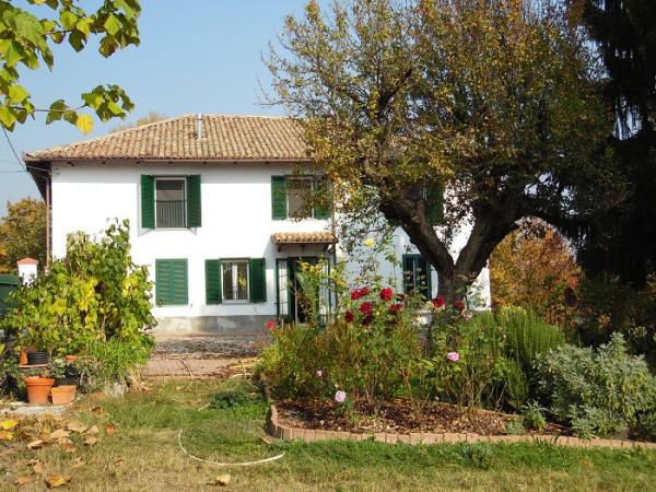 Rustico / Casale in vendita a Ponzano Monferrato, 5 locali, prezzo € 280.000   CambioCasa.it