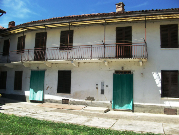 Rustico / Casale in vendita a Portacomaro, 9999 locali, prezzo € 145.000 | CambioCasa.it