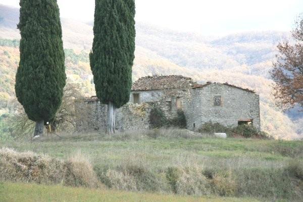 foto posizione Rustico / Casale Località Vogognano 1, Subbiano