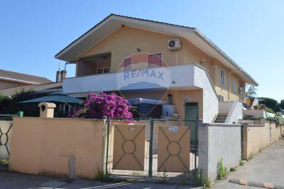 foto Villa Affitto Anzio
