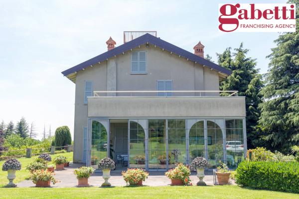 foto  Villa, ottimo stato, 280 mq, Merate