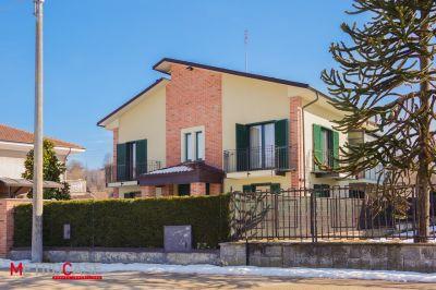 foto Villa Affitto Santo Stefano Roero