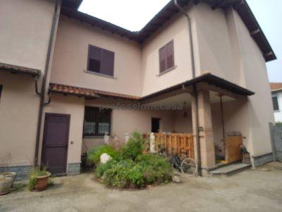foto Villa Vendita Abbiategrasso
