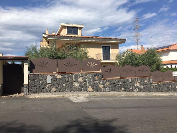 foto  Villa, ottimo stato, 330 mq, Aci Catena