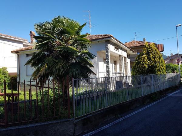 foto esterno Villa via Prato Dominico 2, Almenno San Salvatore