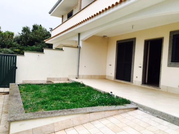 Villa Via Delle Azalee