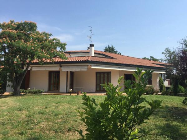 foto esterno Villa via Juraj Basnar 1, Argenta