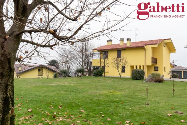 foto  Villa via Como, Barzago