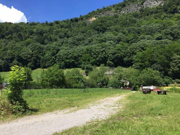 foto  Villa via Alcide De Gasperi, Canzo