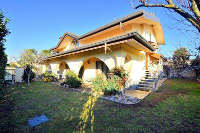 foto Villa Vendita Casorezzo