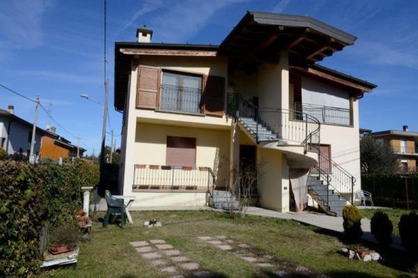 foto  Villa via Pontoglio, Cividate al Piano