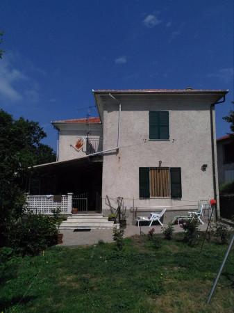 foto  Villa Località Magliani 6, Dego