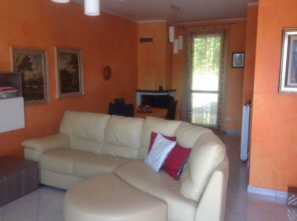 foto Soggiorno Villa, nuova, 130 mq, Granozzo con Monticello