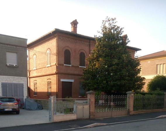 foto  Villa via Fiumazzo 671, Lugo