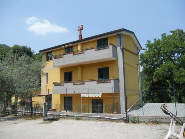 Vendita Villa in via La Vigna Mercato San Severino. Ottimo stato ...