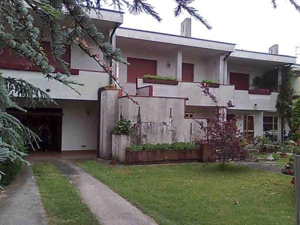 foto  Villa via Giuseppe Verdi 45, Mesola