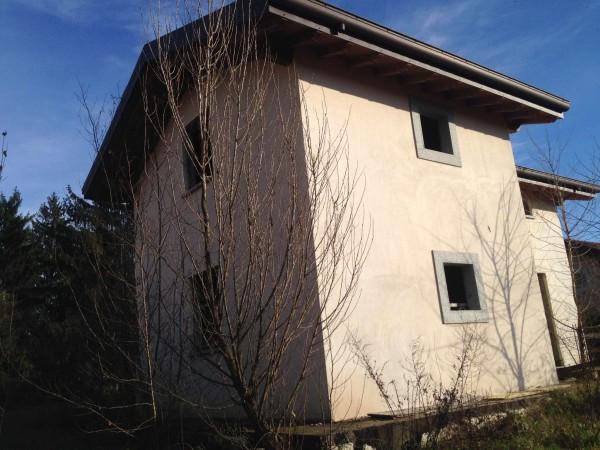foto  Villa, nuova, 300 mq, Monguzzo