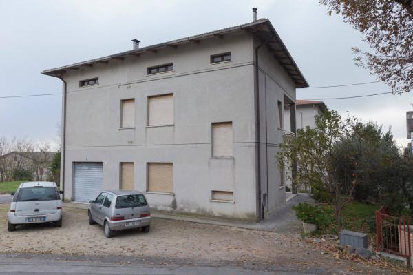 foto  Villa via dell'Industria 12, Monte San Pietrangeli
