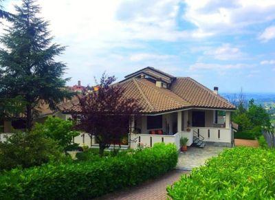 foto Villa Vendita Montelupo Albese