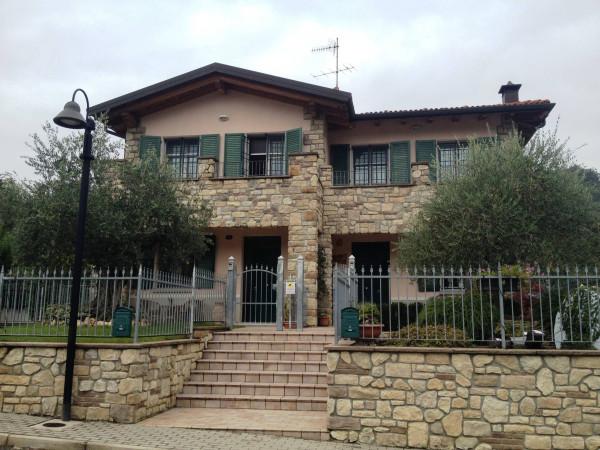 Villa In Vendita A Bologna E Provincia Con  Mq