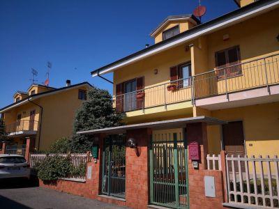 foto Villa Vendita Monteu da Po