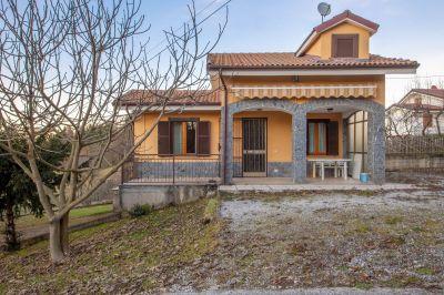 foto Villa Vendita Montezemolo