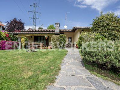 foto Villa Vendita Nebbiuno