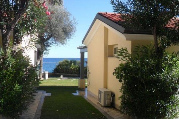 foto  Villa via Aurelia, Ospedaletti