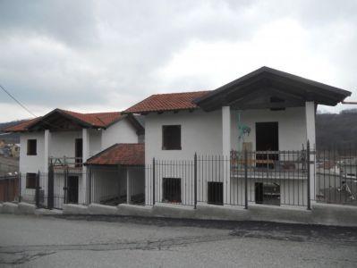 foto Villa Vendita Perosa Canavese