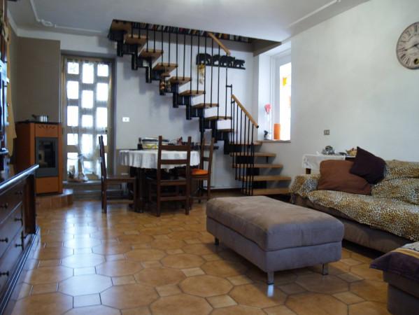 Villa in vendita a Pezzana, 3 locali, prezzo € 98.000 | CambioCasa.it