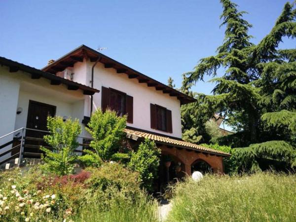 foto  Villa Strada per Montecastello, Pietra Marazzi