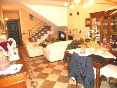 foto Villa Vendita Reggiolo