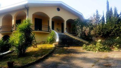 foto Villa Vendita Roseto degli Abruzzi