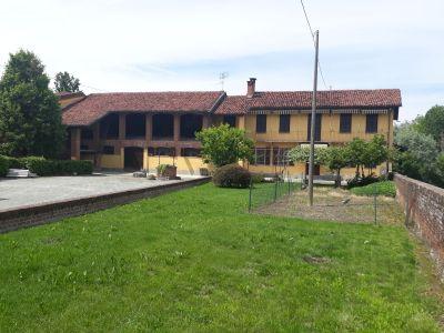 foto Villa Vendita Saluzzo