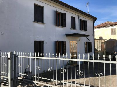 foto Villa Vendita Solesino