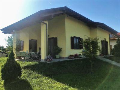 foto Villa Vendita Strambino