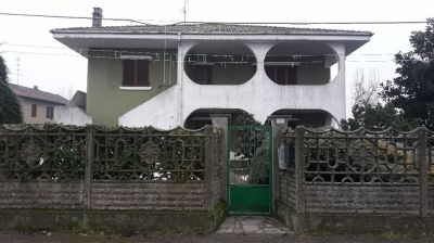 foto Villa Vendita Stroppiana