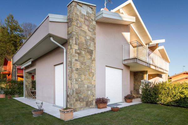 foto  Villa, ottimo stato, 425 mq, Uggiate-Trevano